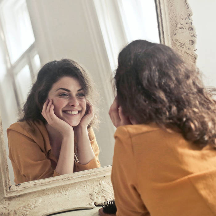 how good must it feel to be able to wake up in the morning and not feel the need to put on a face cream or make up to feel like you look your best. it takes some deal of self confidence, but maybe also the right skin products. Consider including some hemp oil lotion into your routine for facial skin routines
